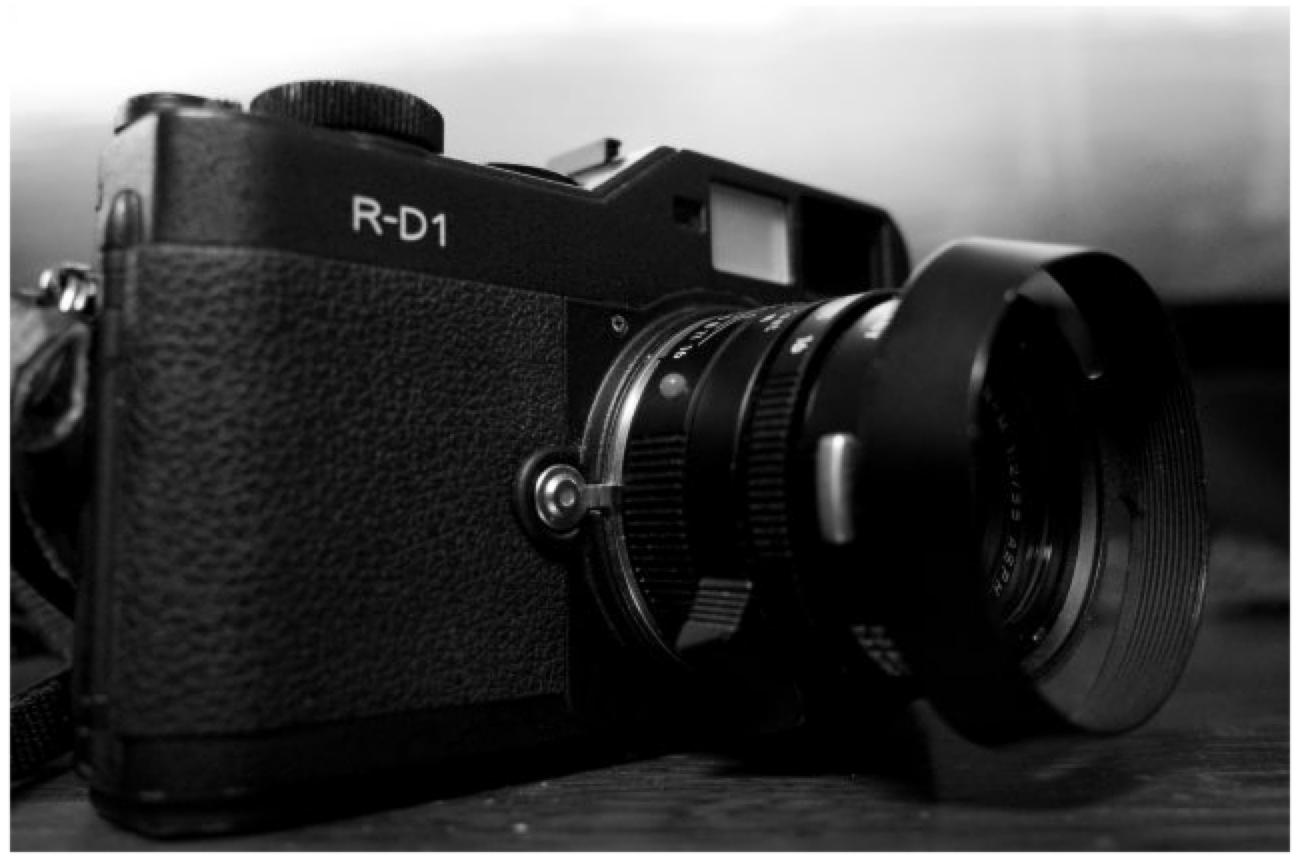 アナログカメラのようなEpson RD-1