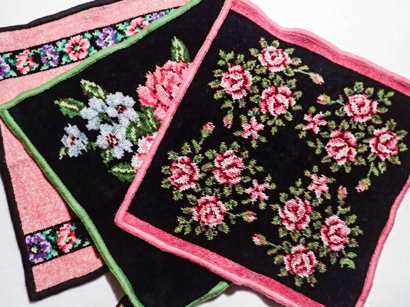 喜ばれるシュネール織りのハンドタオル